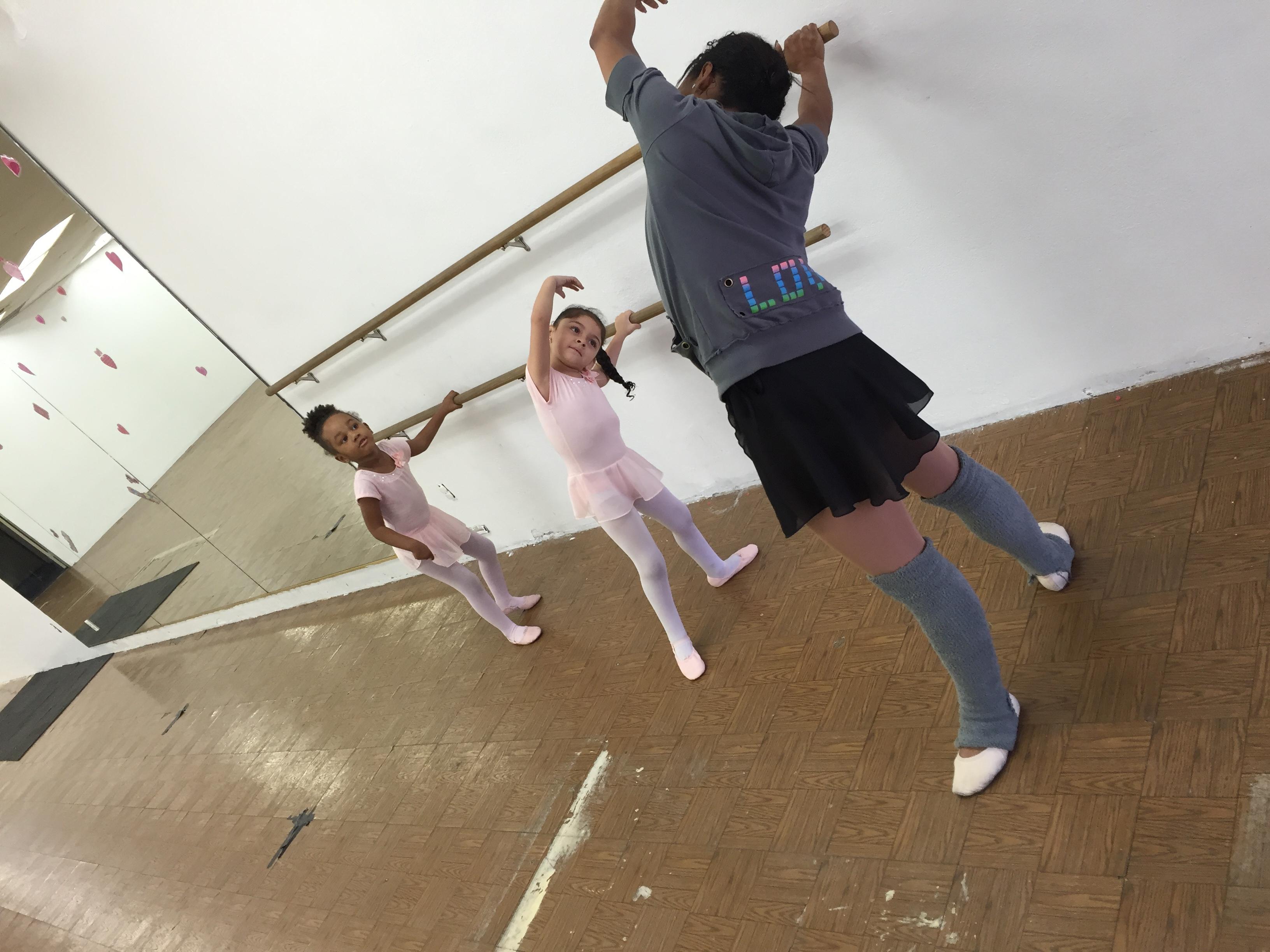Ballet/tap 3-4 sat 1045am