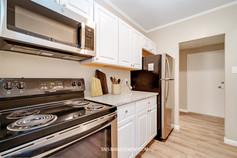Staged Kitchen .jpg