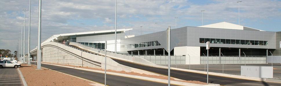 16-adelaide-airport-terminal-1_edited.jp