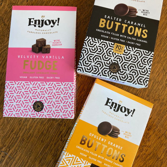Enjoy Buttons and Fudge 4.99