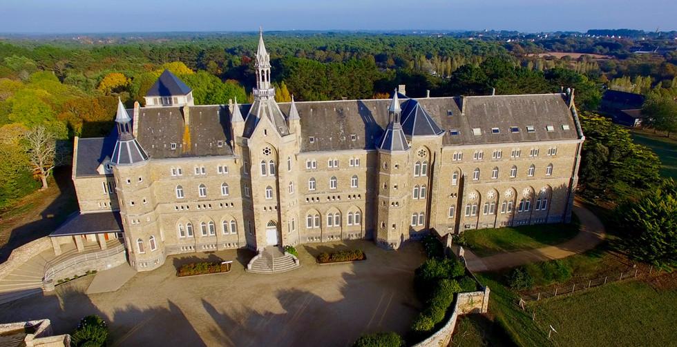 FlyUp Drone-Abbaye St Michel de Kergonan-05