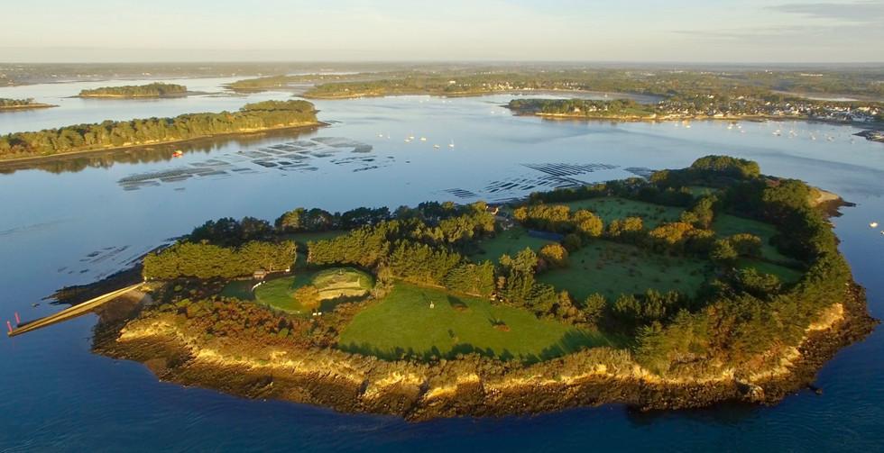 FlyUp Drone-Golf du Morbihan-Île de Gavrinis