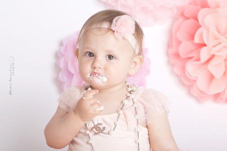 Chanelle Smash the Cake