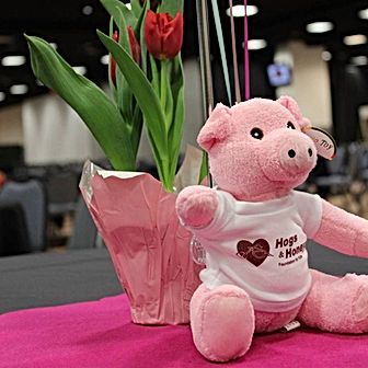 Spring Fling Center Piece with Pig