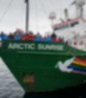 Antartika'ya gidemesende,Gel sende el uzat !