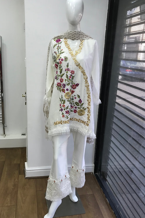 White Full Suit (with Flowers)