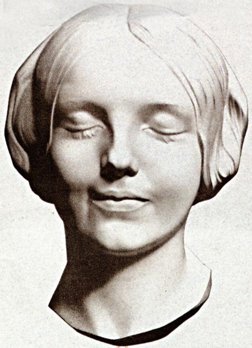 la sconosciuta della Senna -musa del Teatro Medico Ipnotico -Spettacolo d'arte di Burattini