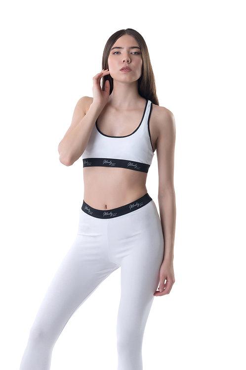 Women white sport bra and legging