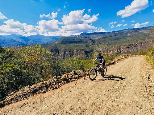 Colombia Biking2.jpg
