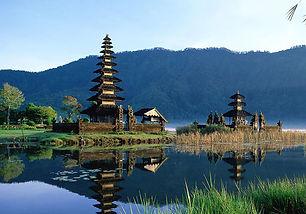 Ubud-Bali-Indonesia-2.jpg