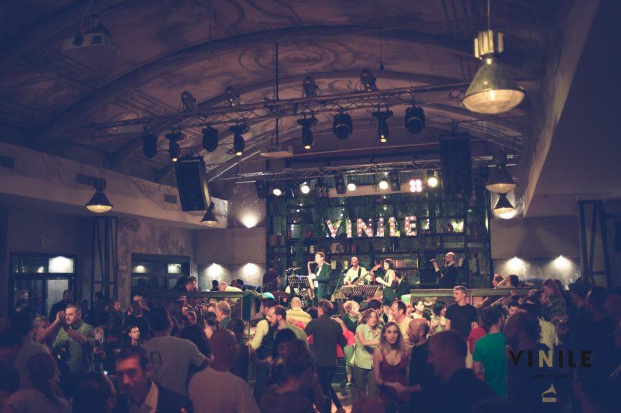 Live at Vinile - Rome 2.jpg