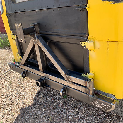 Toyota FJ40 Rear Bumper Tire Carrier