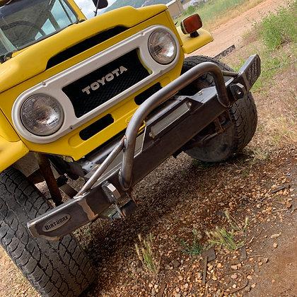 Toyota FJ40 Front Winch Bumper