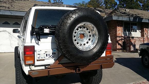 XJ/Cherokee Rear Bumper/Tire Carrier