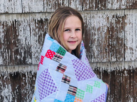 Pieced triangle quilt