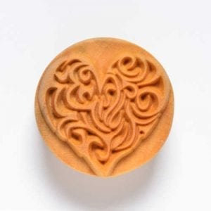 SCL001  4 CM ROUND STAMP COMPLICATED HEART