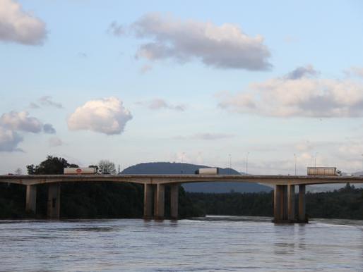 Recuperação e Reforço da Ponte  sobre o rio Taquari