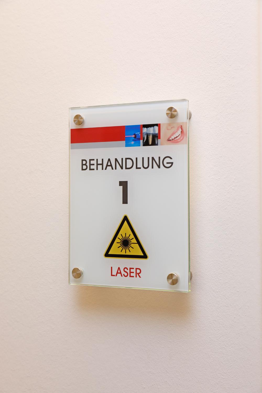 ProfessorKoecher_Laser1441