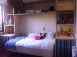 Mueble (cama + veladores)