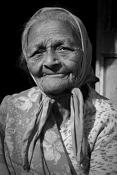 indian_old_woman_2.jpeg