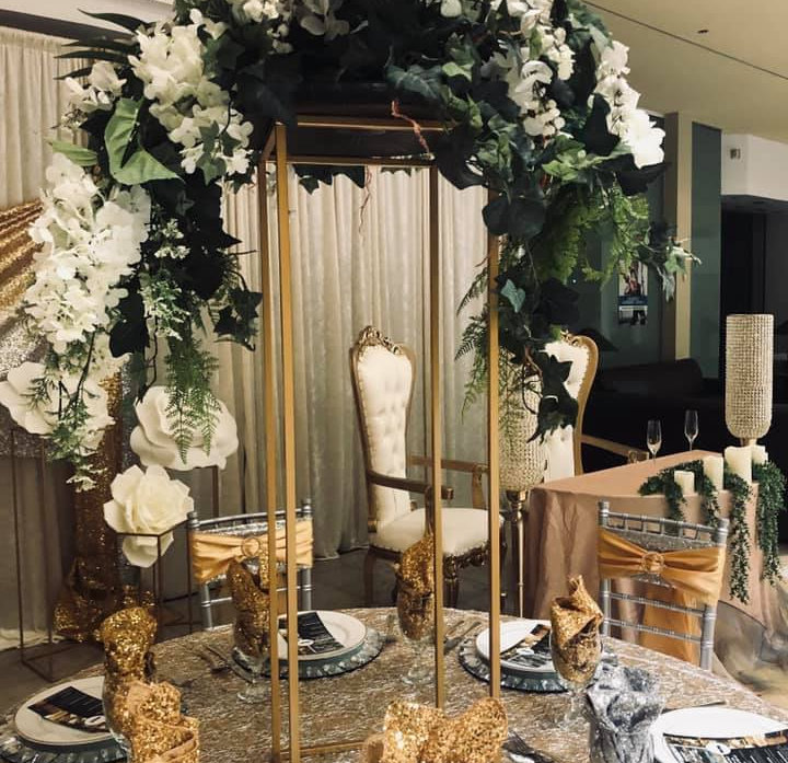 Tablescape w Gold Stand.jpg
