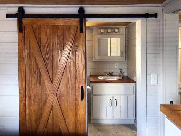 bath_door.jpg