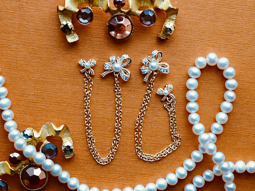 Bowtie and Pearl Chain Gem