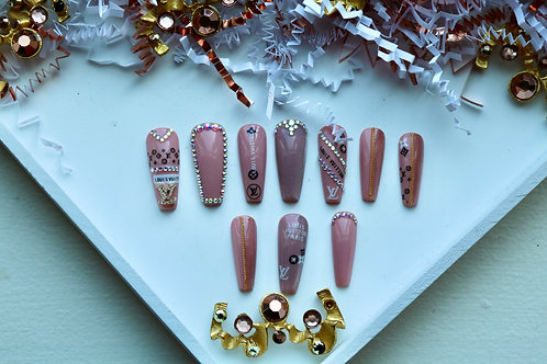 Luxury Nude and Pink Nails
