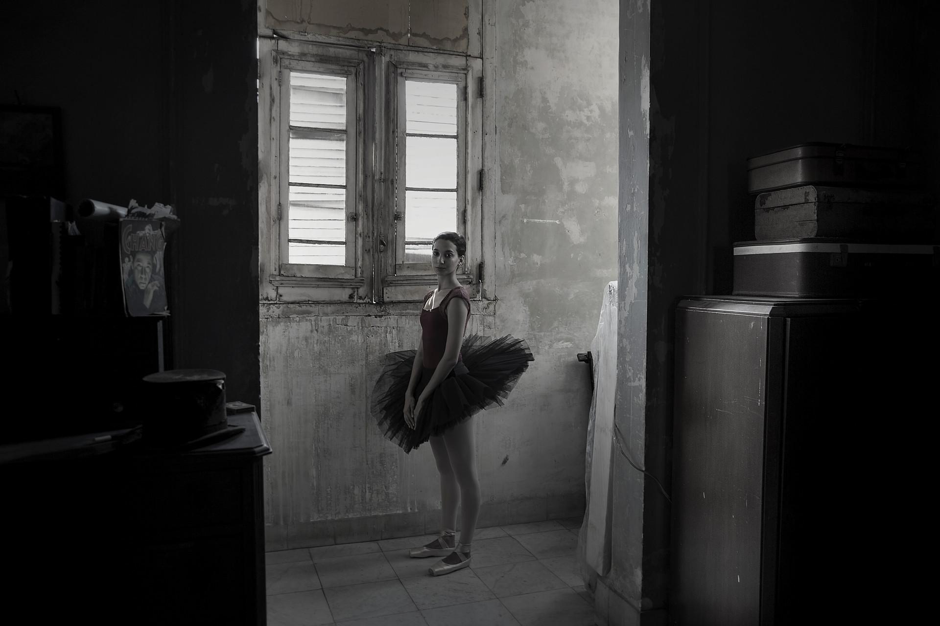 Kitchen of old mansion, Havana