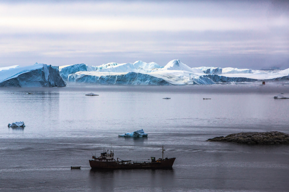 Icebergs off Illulisat