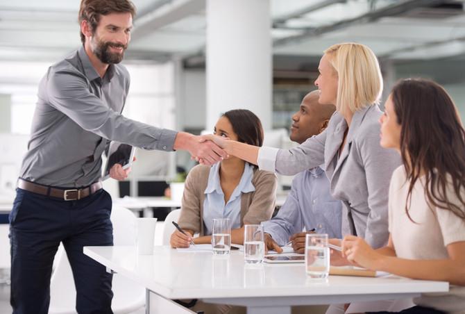 Como se apresentar para uma entrevista de trabalho?