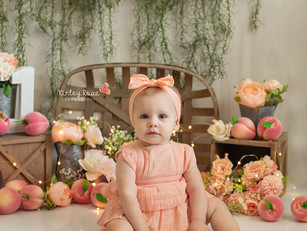 Macie's Cake Smash - Kinley Rose Photography, Ludowici, GA Newborn Photographer