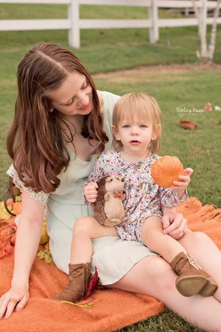 Bethany & Elizabeth's Fall Mini Session- Kinley Rose Photography, Clarksville, TN Newborn Ph