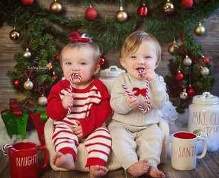 Brynlee & Nolan's Holiday Mini - Kinley Rose Photography, Ludowici, GA Newborn Photographer