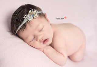 Kinsleigh {22 Days New} - Kinley Rose Photography, Clarksville, TN Newborn Photographer