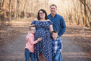 Shyla & Thomas' Maternity - Kinley Rose Photography, Clarksville, TN Newborn Photographer