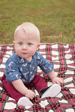 The Snyder Family - Kinley Rose Photography, Clarksville, TN Newborn Photographer
