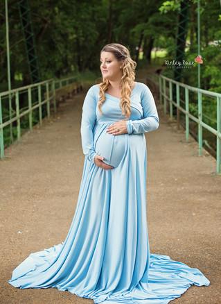 Sarah + Aaron's Maternity - Kinley Rose Photography, Clarksville, TN Newborn Photographer
