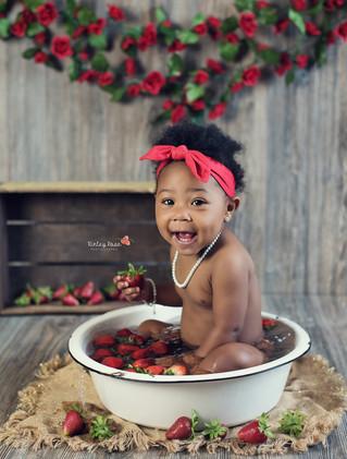 Honesty's Fruit Bath - Kinley Rose Photography, Clarksville, TN Newborn Photographer