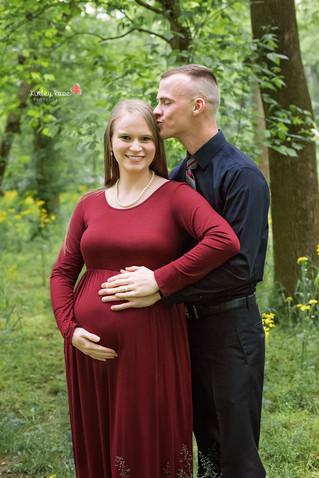 Jordan & Colton's Maternity - Kinley Rose Photography, Clarksville, TN Newborn Photographer