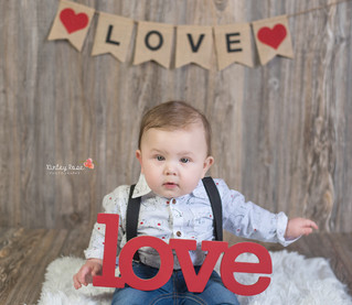 Cash's Valentines Day Mini Session - Kinley Rose Photography, Clarksville, TN Newborn Photograph