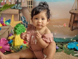 Ailani's Cake Smash - Kinley Rose Photography, Ludowici, GA Newborn Photographer