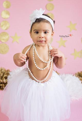 Kaliyah's Cake Smash - Kinley Rose Photography, Clarksville, TN Newborn Photographer