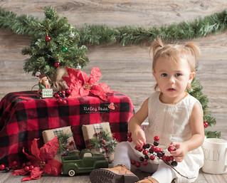 Payton's Holiday Mini - Kinley Rose Photography, Clarksville, TN Newborn Photographer