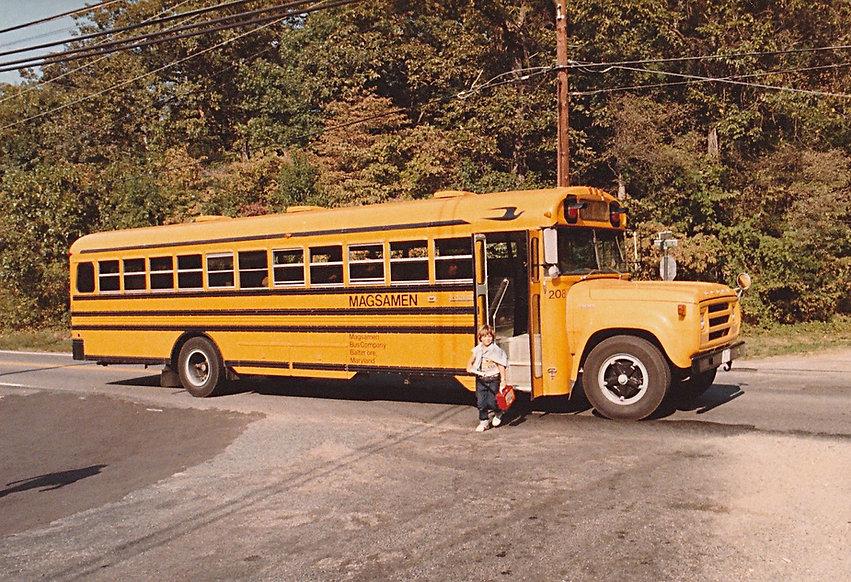 1983-NILS-SCHOOL BUS-1.jpg