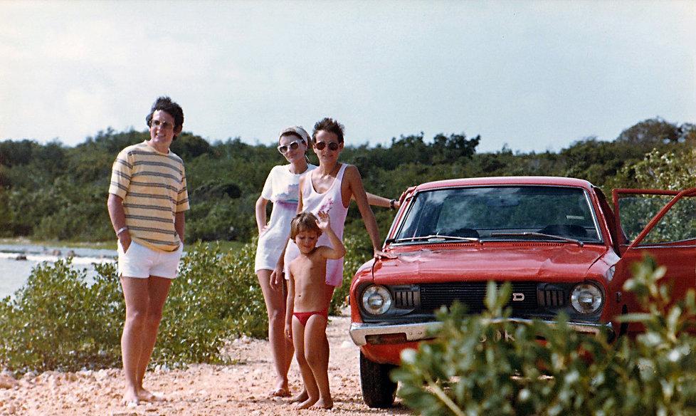 1982-ANGUILLA FRACHON'S-3.jpg