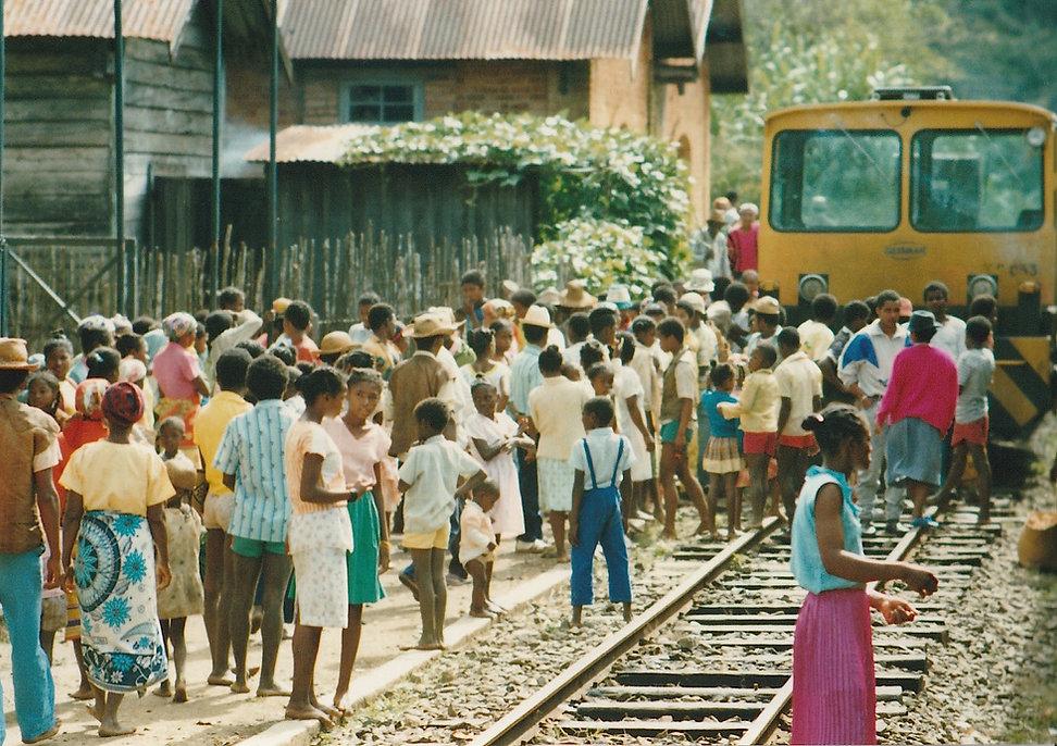 1991-1-TANA-BRICKAVILLE-29.jpg