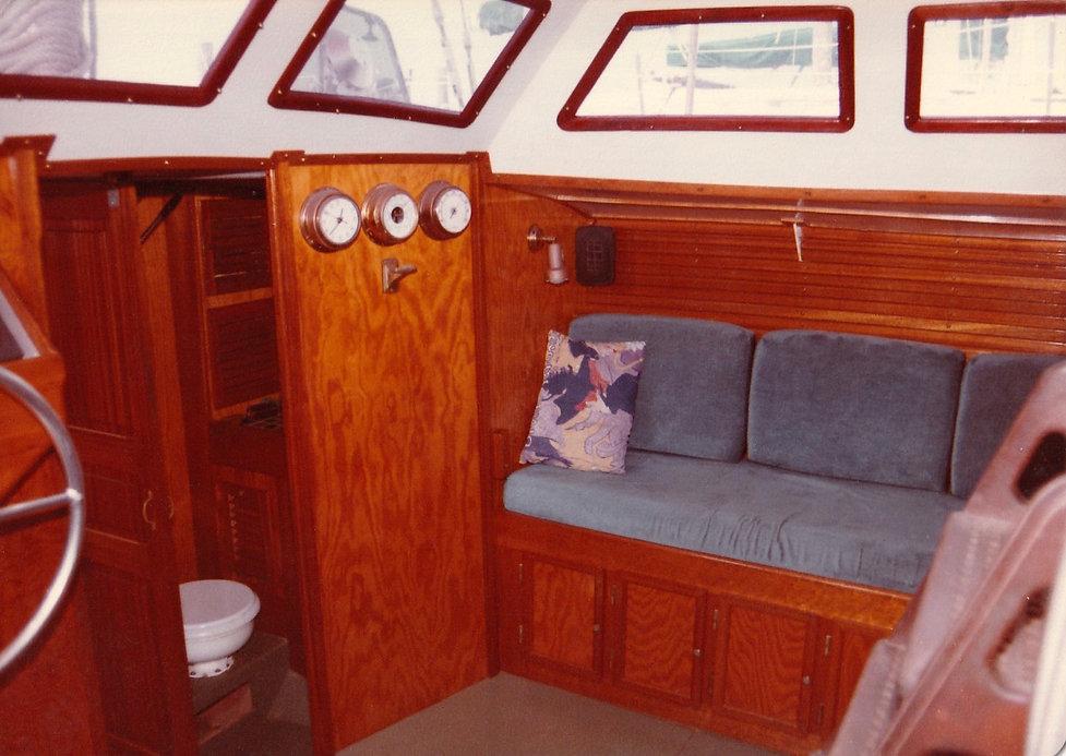 1983-DÉBORAH-MARYLAND MARINA-2.jpg