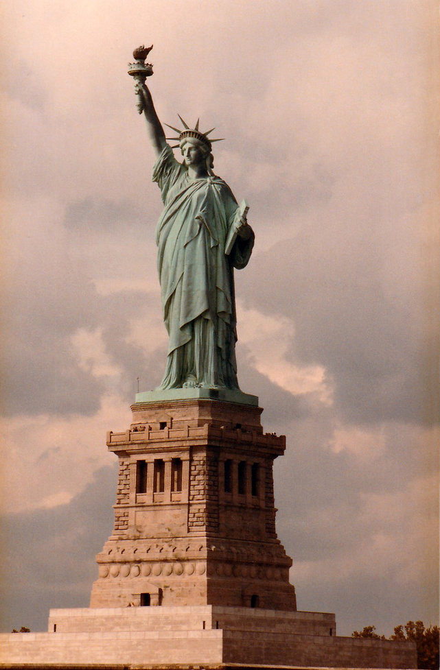 1983-USA-STATUE_DE_LA_LIBERTÉ-1.jpg