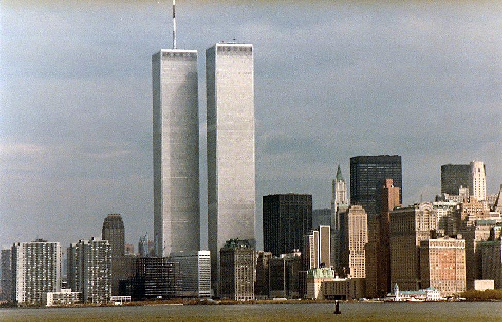 1983-USA-TWIN TOWERS-1.jpg